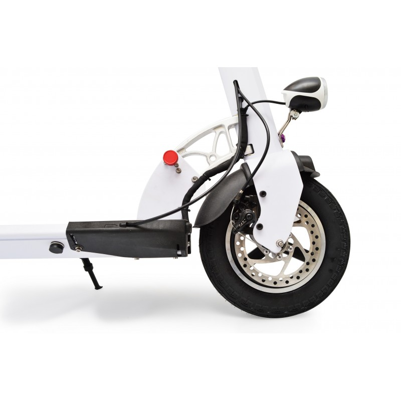 Scooter Tesla 4500